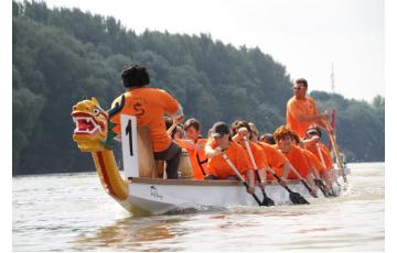 A nyár utolsó sárkányhajóevezése a Dunán!